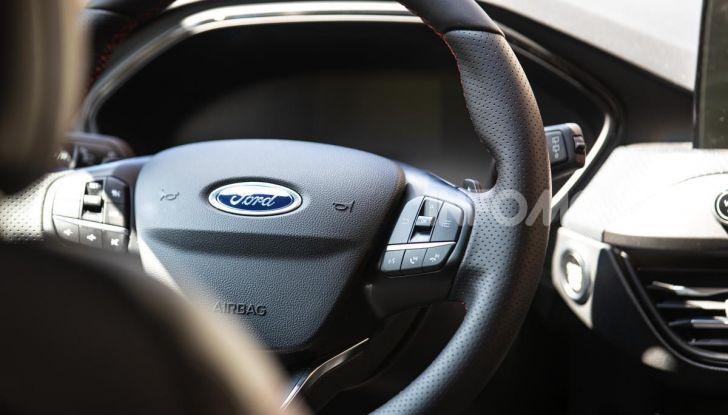 Prova Ford Focus Wagon 1.5 EcoBoost ST Line: per papà sportivi, ma non solo! - Foto 24 di 33