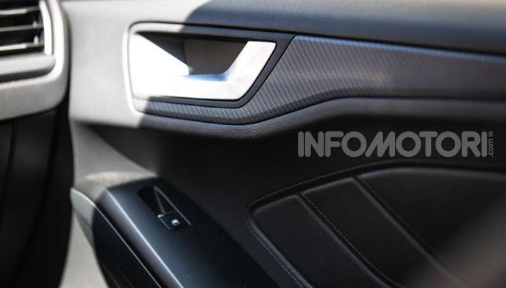 Prova Ford Focus Wagon 1.5 EcoBoost ST Line: per papà sportivi, ma non solo! - Foto 15 di 33