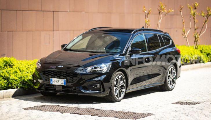 Prova Ford Focus Wagon 1.5 EcoBoost ST Line: per papà sportivi, ma non solo! - Foto 5 di 33