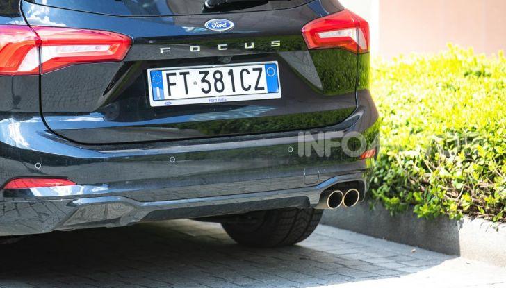 Prova Ford Focus Wagon 1.5 EcoBoost ST Line: per papà sportivi, ma non solo! - Foto 12 di 33