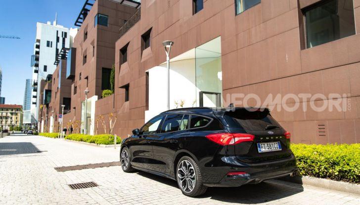 Prova Ford Focus Wagon 1.5 EcoBoost ST Line: per papà sportivi, ma non solo! - Foto 10 di 33