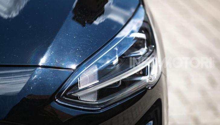 Prova Ford Focus Wagon 1.5 EcoBoost ST Line: per papà sportivi, ma non solo! - Foto 4 di 33