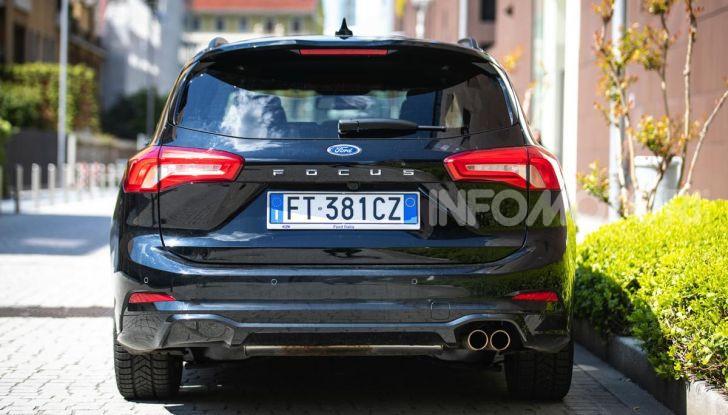 Prova Ford Focus Wagon 1.5 EcoBoost ST Line: per papà sportivi, ma non solo! - Foto 30 di 33