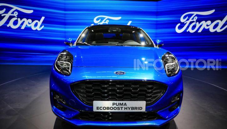 Nuova Ford Puma: il crossover che studia da SUV - Foto 4 di 21
