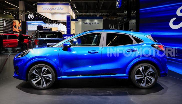 Nuova Ford Puma: il crossover che studia da SUV - Foto 2 di 21