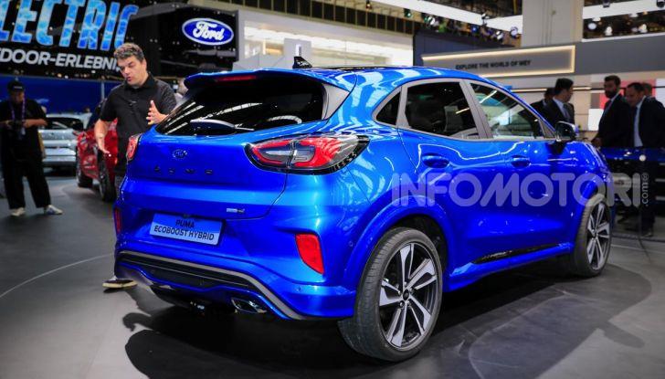 Nuova Ford Puma: il crossover che studia da SUV - Foto 10 di 21