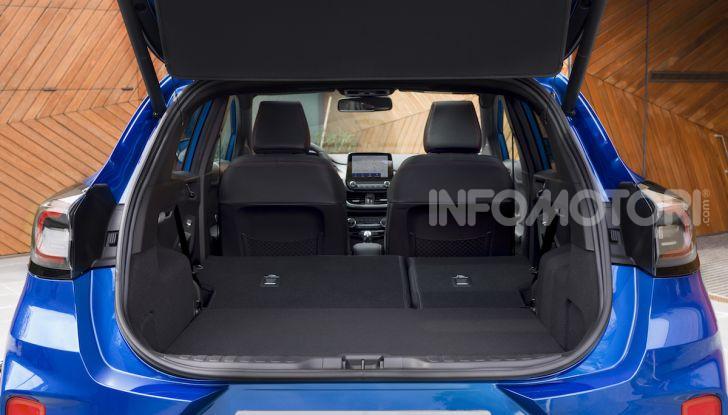 Nuova Ford Puma: il crossover che studia da SUV - Foto 20 di 21