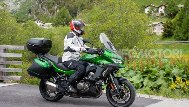 Prova Kawasaki Versys 1000 SE 2019, i 46 gradi più facili e comodi al mondo? - Foto 33 di 44
