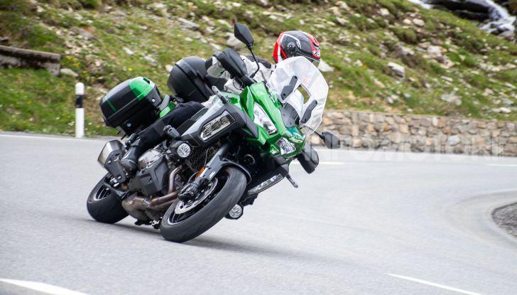 Prova Kawasaki Versys 1000 SE 2019, i 46 gradi più facili e comodi al mondo? - Foto 41 di 44