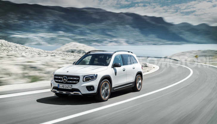 Nuova Mercedes GLB: spirito offroad, ma con tanta eleganza - Foto 7 di 16