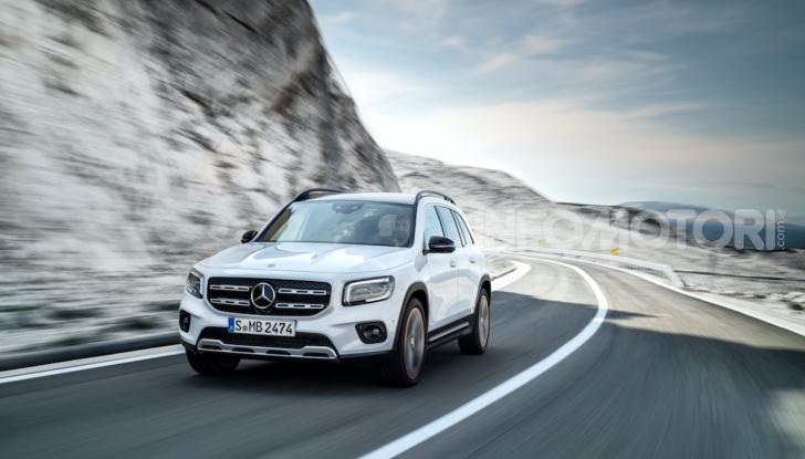 Nuova Mercedes GLB: spirito offroad, ma con tanta eleganza - Foto 4 di 16