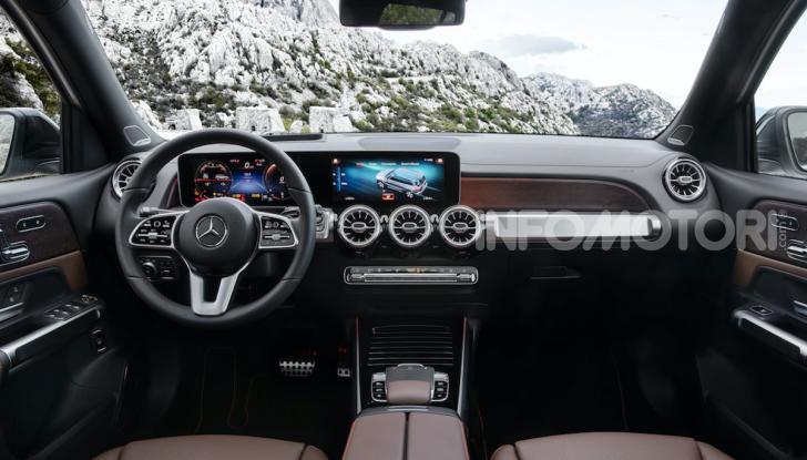 Nuova Mercedes GLB: spirito offroad, ma con tanta eleganza - Foto 2 di 16