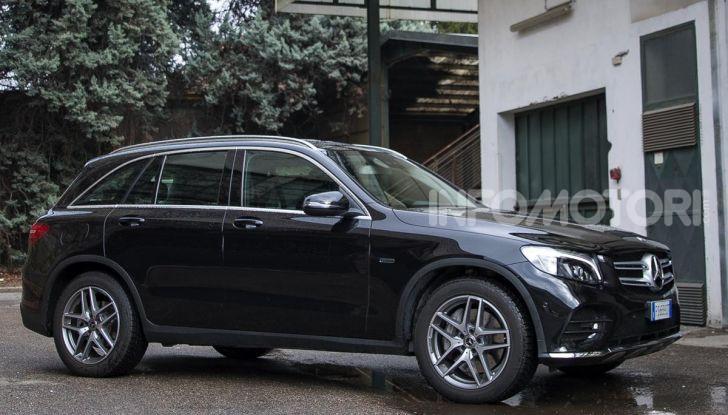 Mercedes-Benz GLC 350e: un passo in avanti verso l'elettrificazione - Foto 9 di 33
