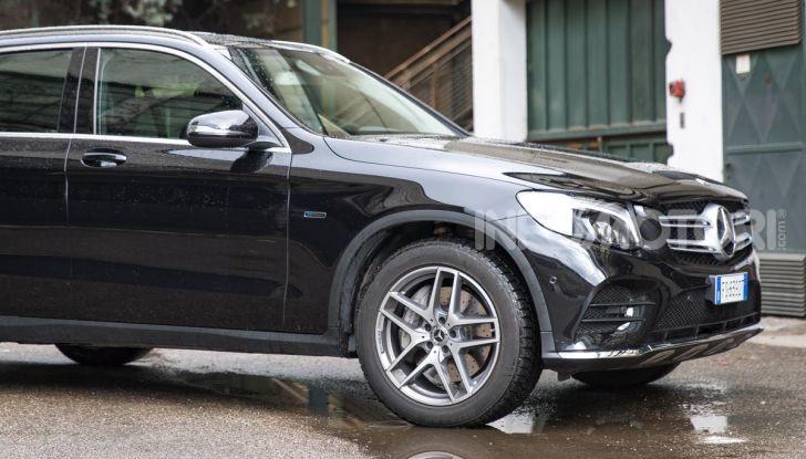 Mercedes-Benz GLC 350e: un passo in avanti verso l'elettrificazione - Foto 7 di 33