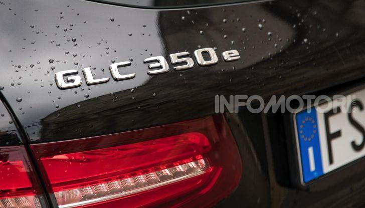 Mercedes-Benz GLC 350e: un passo in avanti verso l'elettrificazione - Foto 11 di 33