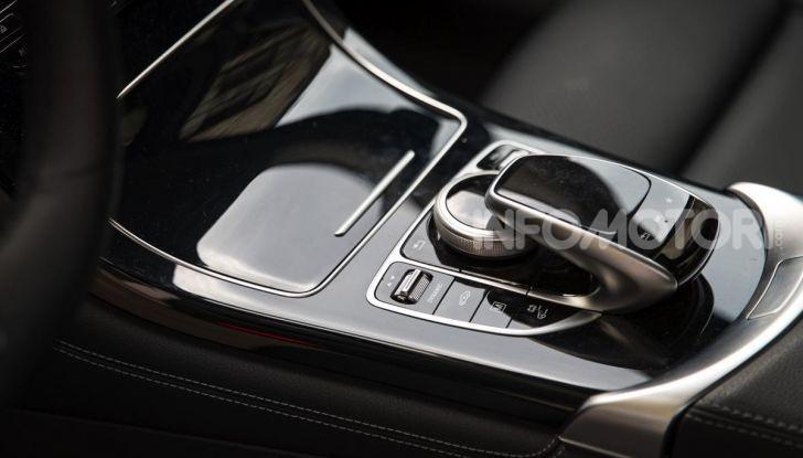 Mercedes-Benz GLC 350e: un passo in avanti verso l'elettrificazione - Foto 13 di 33