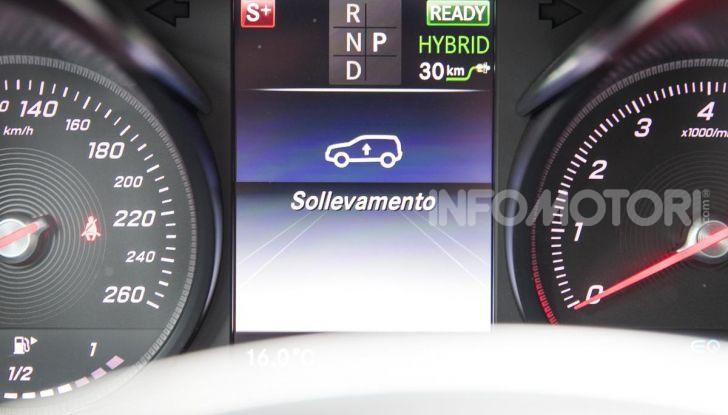 Mercedes-Benz GLC 350e: un passo in avanti verso l'elettrificazione - Foto 26 di 33