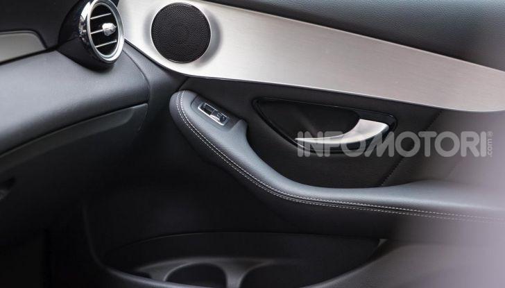 Mercedes-Benz GLC 350e: un passo in avanti verso l'elettrificazione - Foto 25 di 33