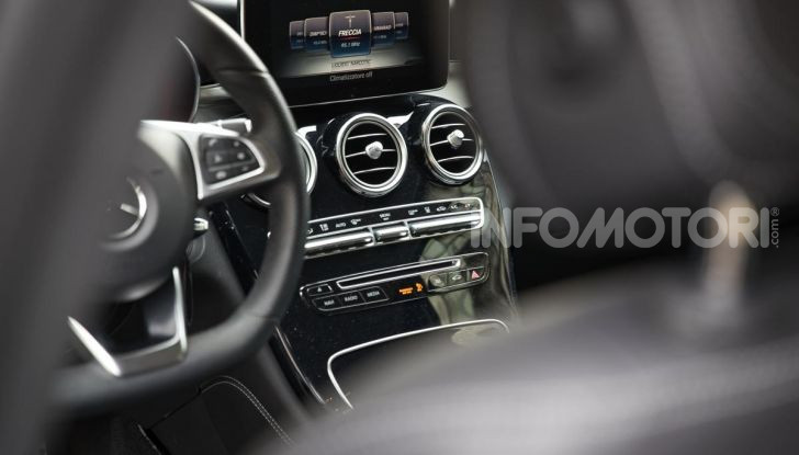 Mercedes-Benz GLC 350e: un passo in avanti verso l'elettrificazione - Foto 17 di 33