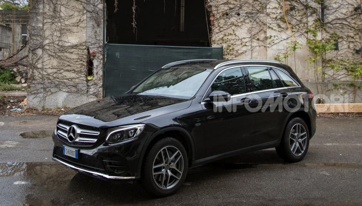 Mercedes-Benz GLC 350e: un passo in avanti verso l'elettrificazione - Foto 18 di 33