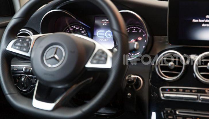 Mercedes-Benz GLC 350e: un passo in avanti verso l'elettrificazione - Foto 32 di 33