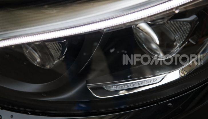 Mercedes-Benz GLC 350e: un passo in avanti verso l'elettrificazione - Foto 22 di 33