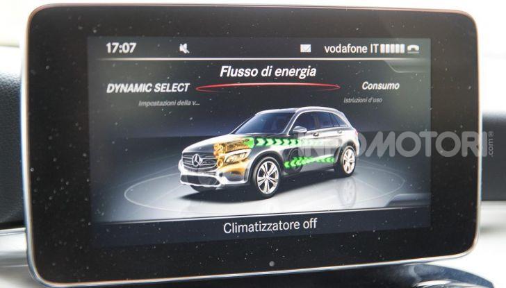 Mercedes-Benz GLC 350e: un passo in avanti verso l'elettrificazione - Foto 21 di 33