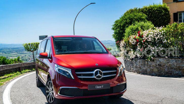 Prova Mercedes Classe V 2019, tutti i segreti del luxury van - Foto 1 di 42