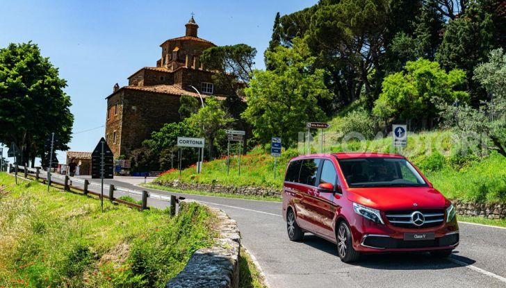 Prova Mercedes Classe V 2019, tutti i segreti del luxury van - Foto 17 di 42