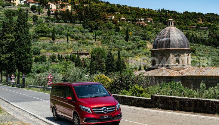Prova Mercedes Classe V 2019, tutti i segreti del luxury van - Foto 18 di 42