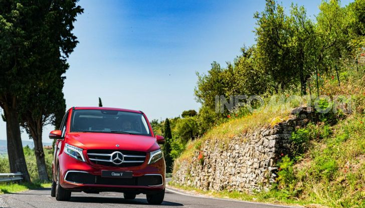 Prova Mercedes Classe V 2019, tutti i segreti del luxury van - Foto 19 di 42