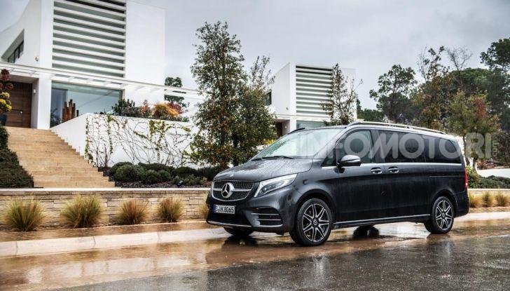 Prova Mercedes Classe V 2019, tutti i segreti del luxury van - Foto 21 di 42