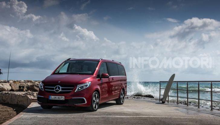 Prova Mercedes Classe V 2019, tutti i segreti del luxury van - Foto 23 di 42