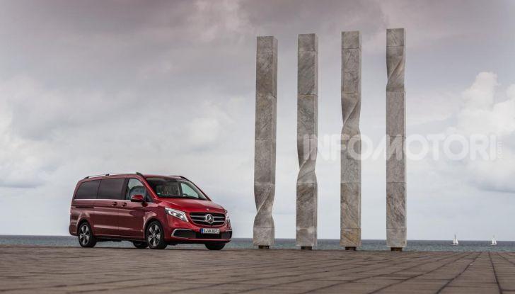 Prova Mercedes Classe V 2019, tutti i segreti del luxury van - Foto 24 di 42