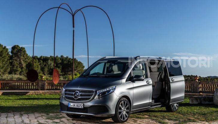 Prova Mercedes Classe V 2019, tutti i segreti del luxury van - Foto 28 di 42