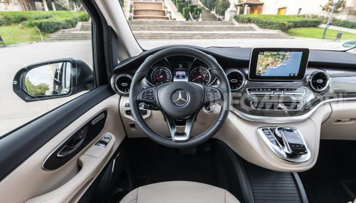 Prova Mercedes Classe V 2019, tutti i segreti del luxury van - Foto 31 di 42