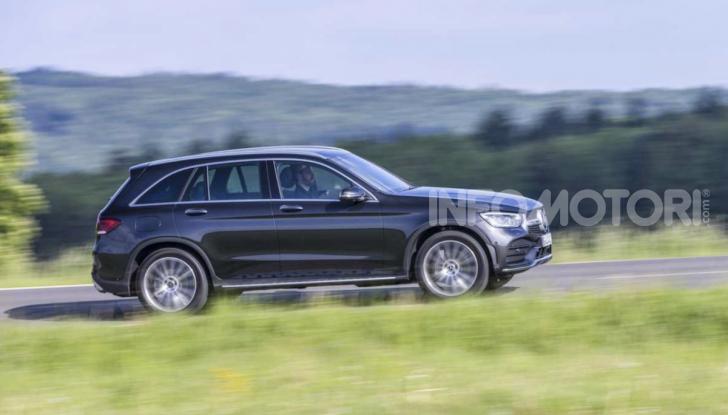 Mercedes GLC 2019: nuovi motori e più tecnologia per il SUV tedesco - Foto 1 di 6