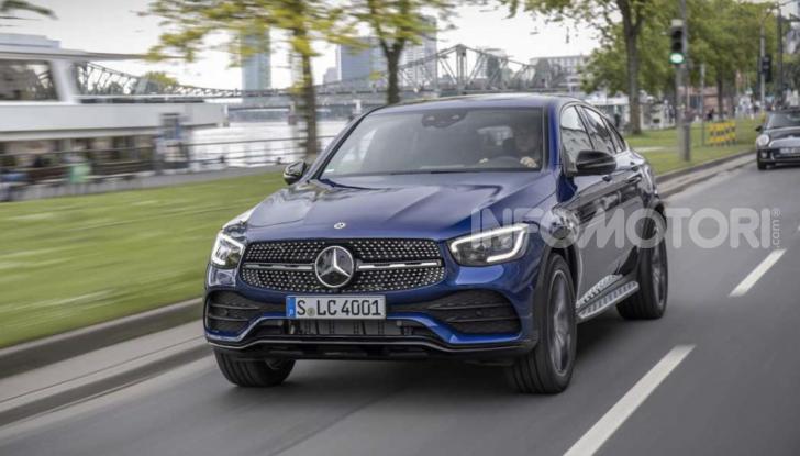 Mercedes GLC 2019: nuovi motori e più tecnologia per il SUV tedesco - Foto 2 di 6