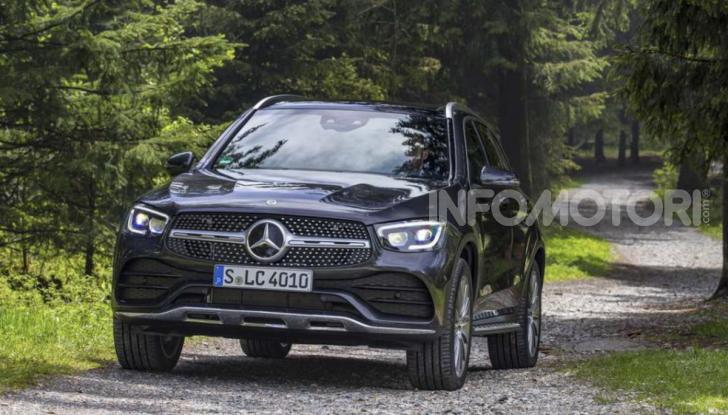Mercedes GLC 2019: nuovi motori e più tecnologia per il SUV tedesco - Foto 5 di 6
