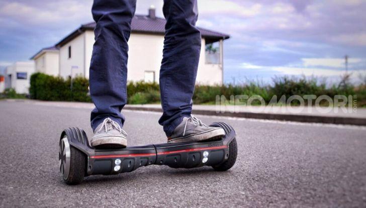 Decreto Micromobilità: semaforo verde a monopattini e hoverboard nelle città italiane - Foto 2 di 10
