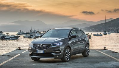 Opel Grandland X incanta Sestri Levante
