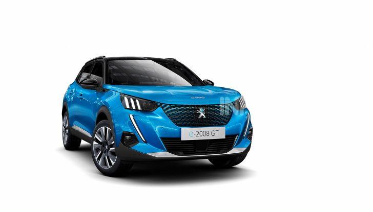 Nuova Peugeot 2008: è tutta rinnovata, dallo stile ai motori - Foto 9 di 17
