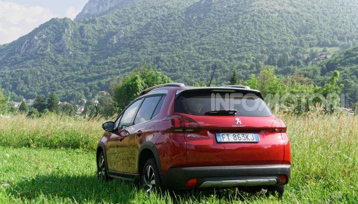 Prova video Peugeot 2008 BlueHDi 120 EAT6, l'abbinata che mancava! - Foto 7 di 48