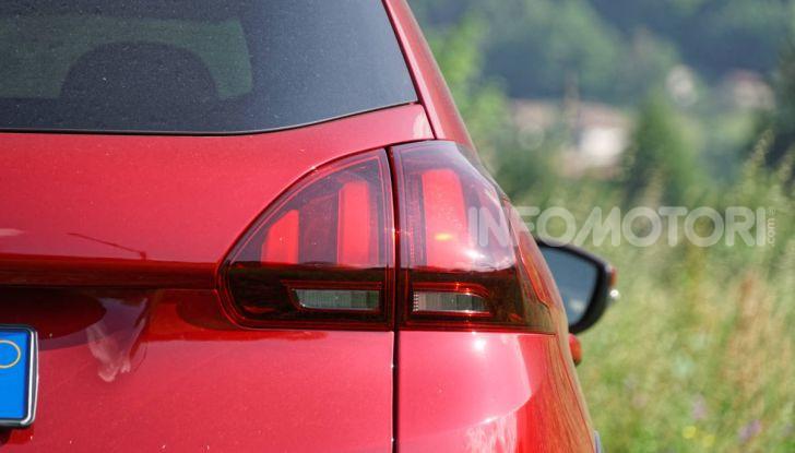 Prova video Peugeot 2008 BlueHDi 120 EAT6, l'abbinata che mancava! - Foto 12 di 48