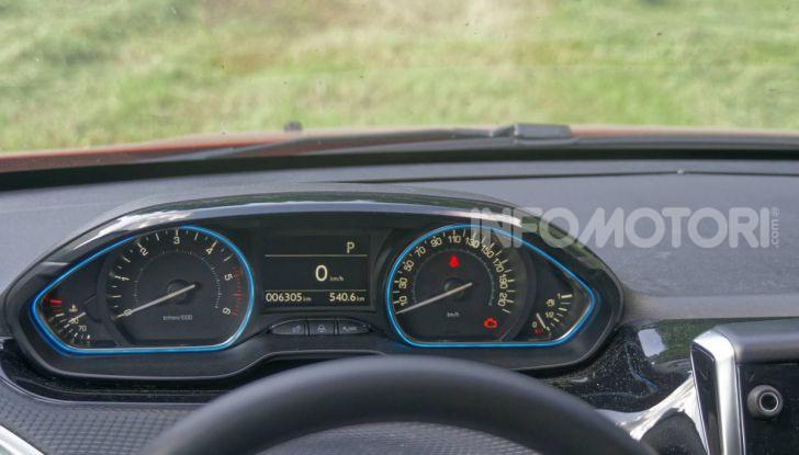Prova video Peugeot 2008 BlueHDi 120 EAT6, l'abbinata che mancava! - Foto 26 di 48