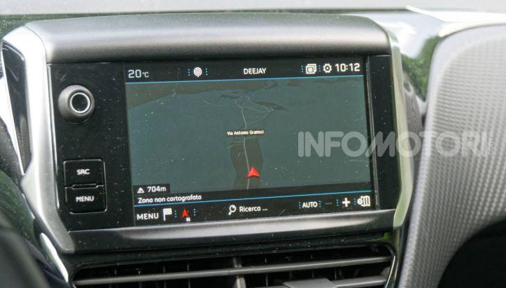 Prova video Peugeot 2008 BlueHDi 120 EAT6, l'abbinata che mancava! - Foto 27 di 48