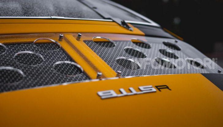Porsche 911 S 2.7 del 1967 si veste da Bumblebee - Foto 17 di 26