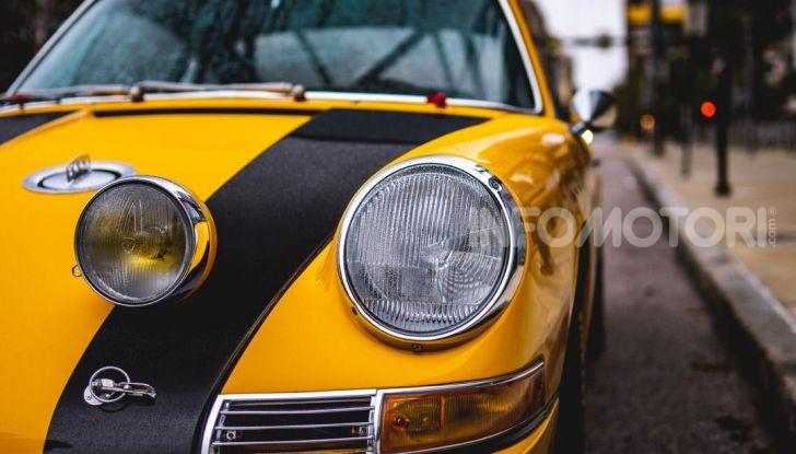 Porsche 911 S 2.7 del 1967 si veste da Bumblebee - Foto 19 di 26