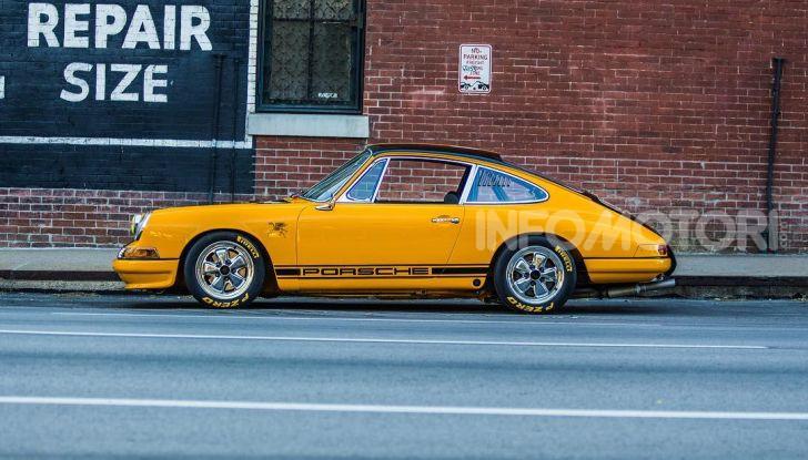 Porsche 911 S 2.7 del 1967 si veste da Bumblebee - Foto 11 di 26