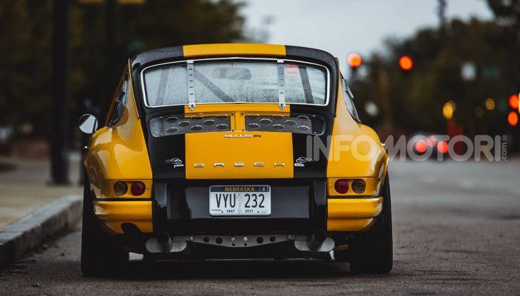 Porsche 911 S 2.7 del 1967 si veste da Bumblebee - Foto 23 di 26